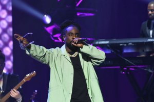 """Wale Tells His Fans That He's """"Extremely Sick"""", Goes On Social Media Hiatus"""