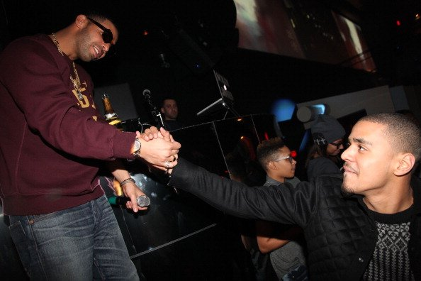 """No Cap: Drake Gives J. Cole His Flowers & Says """"He's One of The Greatest Rappers Ever"""""""