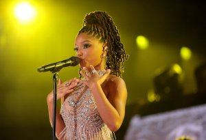 """Halle Bailey Performs """"Can You Feel The Love Tonight"""" At Disney World's 50th Anniversary"""